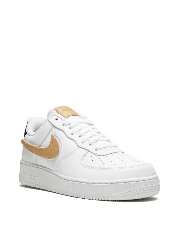 Nike Nike Air Force 1 '07 LV8 3 'Removable Swoosh' sneakers