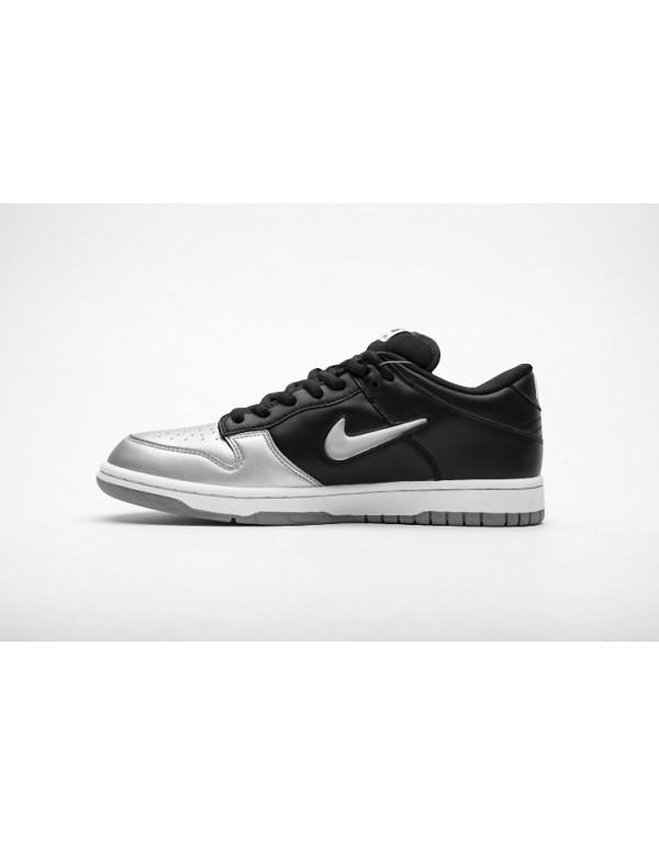Supreme x Nike SB Dunk Low Metallic Silver CK3480-001
