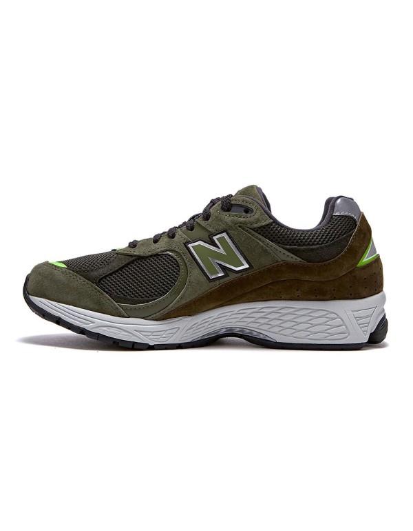 New Balance 2002RG
