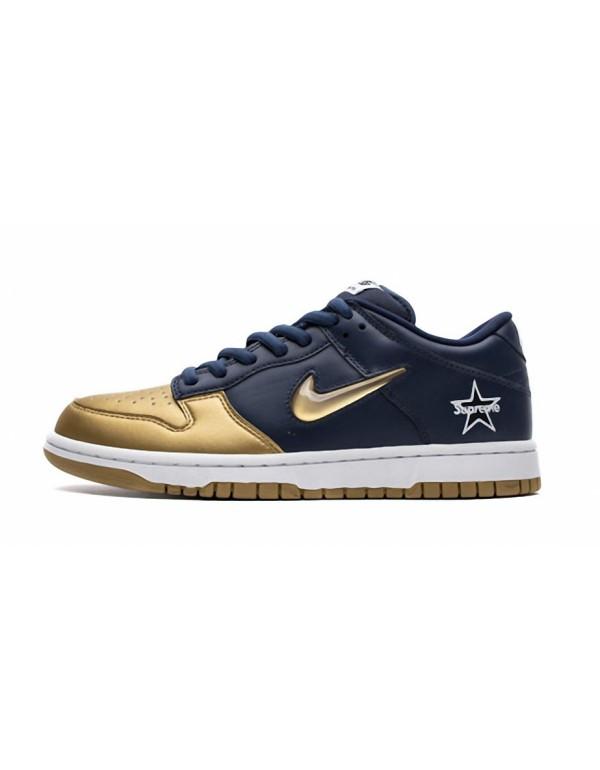 Supreme x Nike SB Dunk Low Metallic Gold CK3480-70...