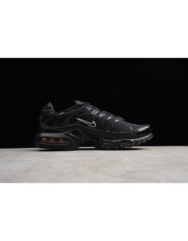 Men's Nike Air Max Plus Black/Metallic Silver 8526...