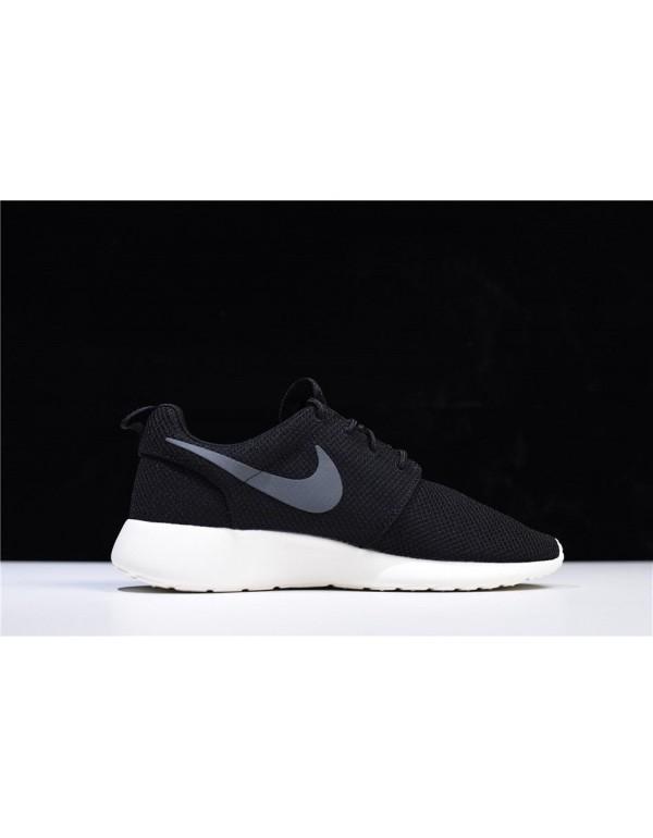Nike Roshe One Black/Anthracite-Sail Running Shoes...