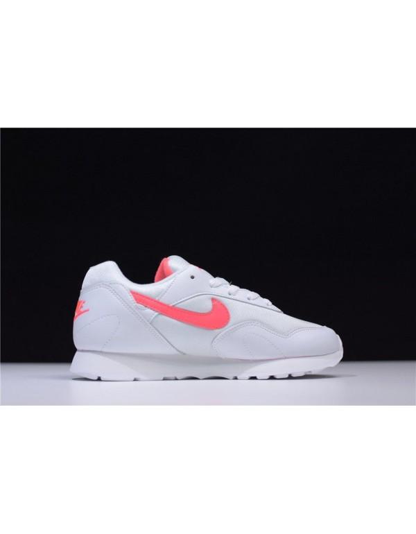 Women's Nike Outburst OG Solar Red Running Shoes A...